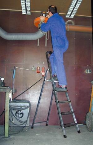 Лестница стремянка Solidy 5 ступеней купить на выгодных условиях в Красноярске
