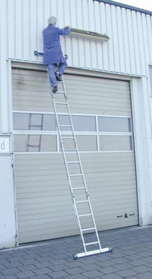 Лестница стремянка шарнирная STABILO 4х4 купить на выгодных условиях в Красноярске