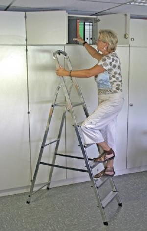 Лестница стремянка Solidy 6 ступеней купить на выгодных условиях в Красноярске